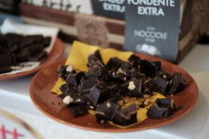 Cioccolato con le nocciole